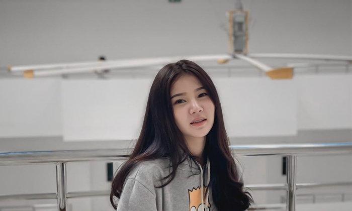 เเจกวาร์ปน้องเเบม สาวน้อยวัยทีนชาวไทยสุดน่ารักจากทางบ้าน เธอคนนี้มองเเล้วทำให้เราหลงเสน่ห์ไม่รู้ตัว