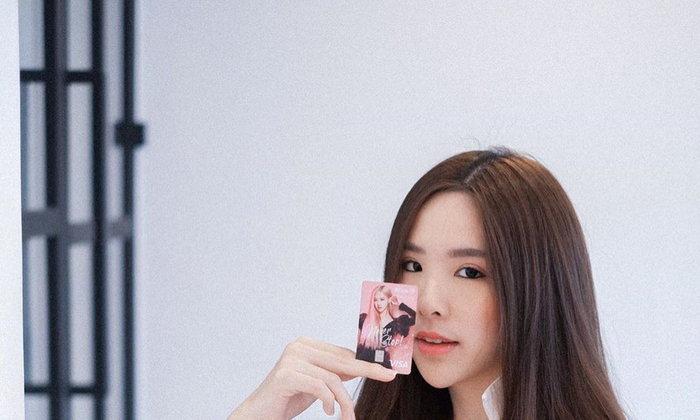พามารู้จักน้อง Yositatac นางแบบสาวไทย สวยงามน่ารักสดใส แฟชั่นจัดเต็ม !