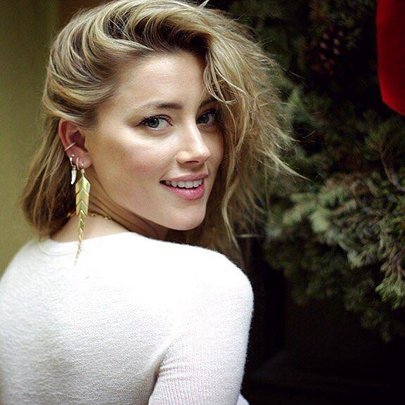 """แจกวาร์ป """"Amber Heard"""" นักแสดงสาวหน้าสวยที่รับบทเป็น """"เจ้าหญิงมีร่า"""" ใน Aquaman 2018"""