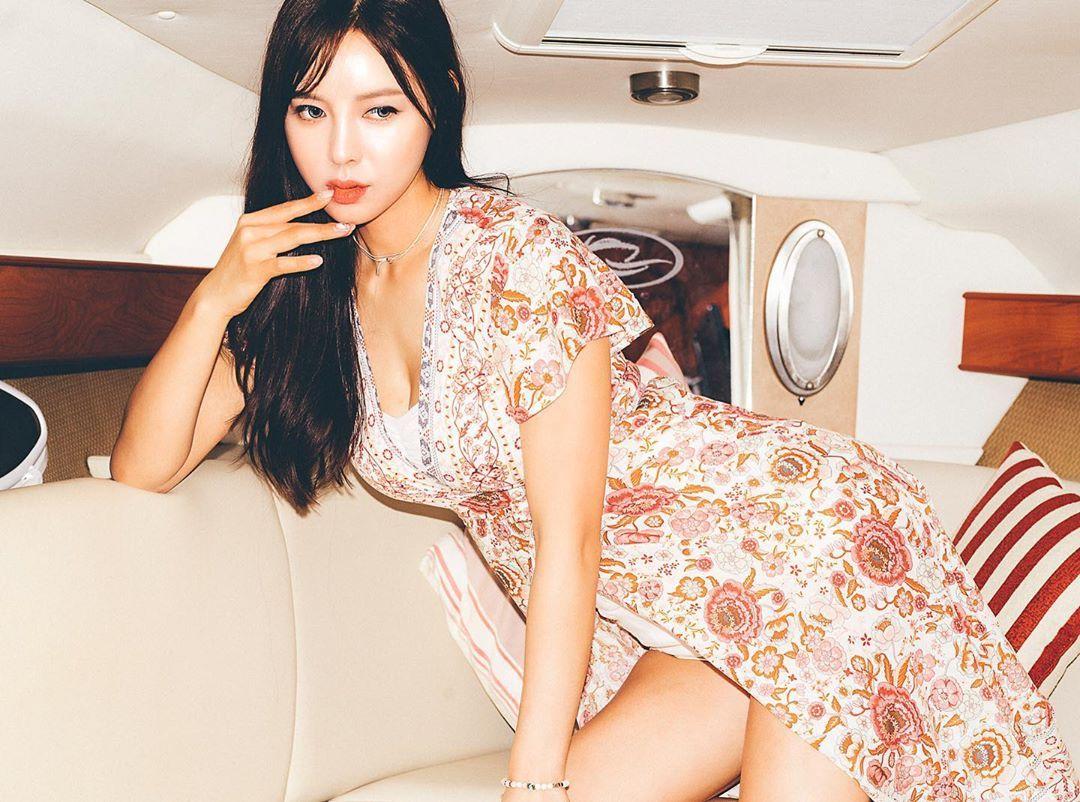 เปิดวาร์ปสาว เจบบ้า นางเเบบสาวสวยชาวเกาหลีที่มาพร้อมความเซ็กซี่ น่ารัก เสน่ห์ร้อนเเรงสุดๆไปเลย !