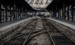 ฝรั่งเศสป่วนหนัก 3 เดือน! เหตุพนักงานรถไฟหยุดงานประท้วงแผนปฏิรูปแรงงาน