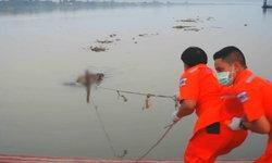 ฆ่ารัดคอ-แทงไส้ทะลัก หนุ่มนิรนามถูกโยนทิ้งถ่วงแม่น้ำโขง