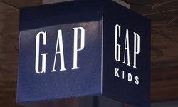 """""""GAP"""" ขอโทษ หลังขายเสื้อลายแผนที่จีน ไม่รวมไต้หวัน-เกาะในทะเลจีนใต้"""