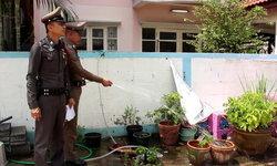 สาวปทุมฯ ไม่อยู่บ้านช่วงสงกรานต์ ติดโน้ตฝากตำรวจช่วยรดน้ำต้นไม้