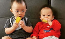 """หมดคำถาม """"ชมพู่ อารยา"""" ตอบประเด็นทำไมให้ลูกแฝดกินข้าวโพด มะเฟือง ในวัยนี้"""
