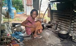 น้ำตาหลั่งริน ยายถูกทิ้งให้อยู่คนเดียว 15 ปี ลูกชายไปมีครอบครัวไม่เหลียวแล(มีคลิป)