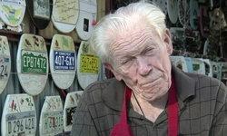 """""""นักสะสมฝาชักโครก"""" ในรัฐเท็กซัส ประกาศหาผู้รับช่วงสะสมต่อ"""