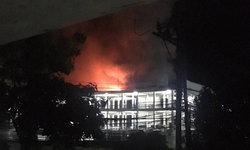 ไฟไหม้ตึกอุบัติเหตุโรงพยาบาลพะเยา หมอ-พยาบาลอพยพผู้ป่วยจ้าละหวั่น