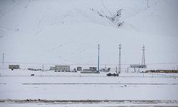 อากาศเมืองจีนแตกต่างอย่างสุดขั้ว ปักกิ่งจมบาดาล-ชิงไห่หิมะขาวโพลน