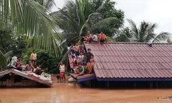 """""""ครูฐาพล"""" ที่ปรึกษาทีมกู้ไพลาว อัปเดตเขื่อนลาวแตก """"กู้ภัยไทย"""" ยังข้ามแดนไม่ได้"""