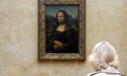 """2 สาวอิตาเลียน โผล่อ้างเป็นทายาทตัวจริงของ """"โมนาลิซ่า"""""""