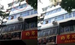 สลด ไฟไหม้อพาร์ตเมนต์ที่จีน แม่โยนลูกหนีไฟไหม้ ตัวเองสำลักควันเสียชีวิต