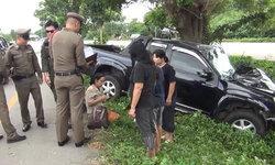 ครูหลับในขับรถพุ่งชนต้นไม้รอดตาย เผยเพิ่งกลับจากวัดเพื่อจะไปทำบุญ