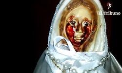 หนุ่มอาร์เจนฯ ขนลุก! รูปปั้นพระแม่มารีในบ้านร้องไห้เป็นเลือด เผยคืนก่อนเพิ่งฝันเห็น