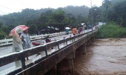 พายุเบบินคา ถล่มแม่ฮ่องสอน เส้นทางถูกตัดขาด