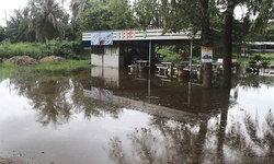 มวลน้ำเขื่อนเเก่งกระจาน เข้าท่วมบ้านแหลม-ฝนตกซ้ำ สถานการณ์แย่ลง