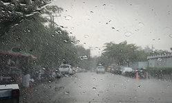 วันหยุดเสาร์-อาทิตย์นี้ ทั่วไทยชุ่มฉ่ำฝนตกชุก ระวังน้ำท่วมฉับพลัน
