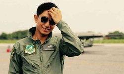 """ภรรยาเผยความตั้งใจ """"หมวดบอม"""" นักบินยู-17 ถึงเครื่องบินตกก็ไม่ยอมดีดตัว"""