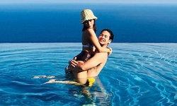 """""""พลอย - เป๋า"""" แซ่บสุดในสระน้ำ ใช้รักดับร้อน ริมหุบเขาในอิตาลี"""