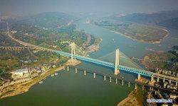 เก่าไปใหม่มา จีนสร้างสะพานทางรถไฟ 2 ชั้น แห่งแรกของโลกในฉงชิ่ง