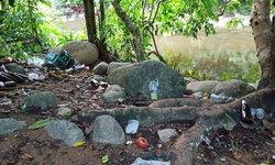 ทิ้งขยะเกลื่อนน้ำตกตรอกนอง โซเชียลจวกยับนักท่องเที่ยวไร้จิตสำนึก