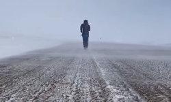 ชายจีนผู้แข็งแกร่ง วิ่งพิชิตจากขั้วโลกใต้สู่ขั้วโลกเหนือ ภายในเวลา 1 ปีเศษ