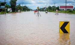 อุตุฯ ประกาศเตือน 41 จังหวัดระวังฝนตกหนัก อาจเกิดน้ำท่วมฉับพลัน น้ำป่าไหลหลาก