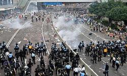 เจ็บ 72 คน ตำรวจฮ่องกงปะทะม็อบ ผู้ว่าฯ ประณามก่อจลาจล