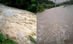 น้ำป่าดอยอินทนนท์เอ่อท่วมเข้าหมู่บ้าน สั่งปิดผาดอกเสี้ยว-น้ำตกแม่ยะ