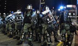 """รอง ผบ.ตร.ฮ่องกงชี้ การป้ายสี """"ตำรวจเลว"""" เป็นการสมคบคิดครั้งใหญ่สุดในโลก"""