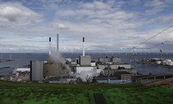 """เดนมาร์กเปิด """"ลานสกีเทียม"""" บนหลังคาโรงไฟฟ้าพลังงานขยะ"""