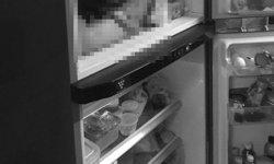 ลูกชายเสียชีวิตแล้ว! หลังฆ่าหั่นศพแม่ยัดตู้เย็น พบเพิ่มชิ้นส่วนหน้าอกทิ้งชักโครก