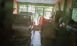 เพื่อนบ้านมหาภัย! บุกหน้าบ้านทุบรถสาวใหญ่ แถมพูดจาข่มขู่ (มีคลิป)