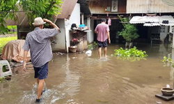 """ราชบุรีอ่วม-รับน้ำจาก 2 เขื่อนใหญ่กาญจนบุรี แถมเจอ """"พายุมังคุด"""" ซ้ำ"""