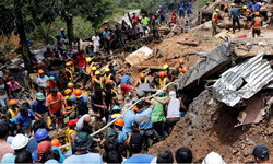 """พบผู้เสียชีวิตจาก """"ไต้ฝุ่นมังคุด"""" ถล่มฟิลิปปินส์เพิ่มเป็น 65 ราย สูญหายอีกหลายสิบราย"""