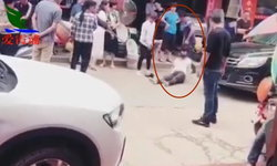 รุนแรง หญิงไปซื้อมือถือ ถูกสามีตบตี-จิกหัวลากไปกับพื้นถนน