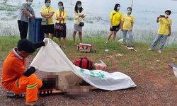 กู้ภัยลากศพชายสักหนุมานกลางหลังจมน้ำอืด 3 วัน ลอยมาติดกลางสะพานเทพสุดา