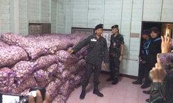 หวิดปะทะ-นักข่าวถูกข่มขู่หลังร่วมกับหทารซุ่มจับแก๊งลอบขนกระเทียมเถื่อนเข้าไทย