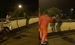 คลิปนาทีชีวิต ตำรวจกล่อมนักเรียนหญิงคิดโดดสะพาน ก่อนคว้ามือได้หวุดหวิด