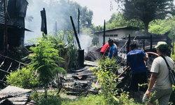 เผาซะเลย! สาวทะเลาะกับสามีจนหนีออกจากบ้าน โมโหสุดขีดจุดไฟเผาบ้านวอดทั้งหลัง