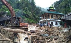 อินโดฯ เผชิญน้ำท่วม-ดินถล่ม ดับแล้ว 10 ราย