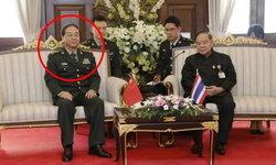 """บิ๊กป้อม ยันไม่รู้จัก """"2 นายพล"""" ทุจริตกองทัพจีน หลังโซเชียลตามขุดคุ้ยภาพเก่า"""