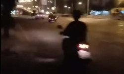 สาวร่ำไห้ ไม่มีเงินเสียค่าปรับ ถูกตำรวจยึดรถ ต้องเดินกลับบ้านกลางดึก