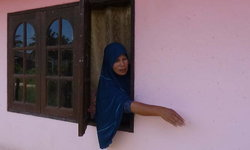 ชาวบ้านกว่า 30 ครัวเรือนนอนผวา-ร้อง นอภ.โจรขึ้นบ้านไม่เว้นแต่ละวัน