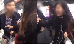 ช่วยด้วย! สาวจีนดึงเสื้อไม่ปล่อย เจอชายสุดหื่นแอบถ่ายใต้กระโปรง มือถือชนขา
