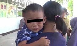 สะเทือนใจ เด็กน้อย 2 ขวบโดนอุ้มทำร้ายสะบักสะบอม ตร.สงสัยคนใกล้ตัว