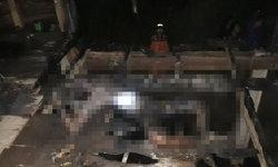 """หนุ่มถูก """"ไฟคลอก"""" ตายปริศนาคากระท่อม จนท.เร่งสืบไม่ทิ้งปมฆาตกรรม"""
