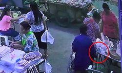 แม่ค้าน้ำตาคลอ-ป้ามหาภัยฉกกระเป๋าอย่างเนียน สูญ 3 หมื่นบาทซ้ำเป็นเงินกู้ (คลิป)