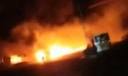 ทะเลเพลิง! เกิดระเบิดใกล้โรงงานเคมีในจีน ดับอย่างน้อย 22 รถบรรทุกวอดครึ่งร้อย