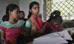 อินเดียเอาจริง! สั่งงดการบ้านเด็กเล็ก จำกัดน้ำหนักกระเป๋านักเรียน